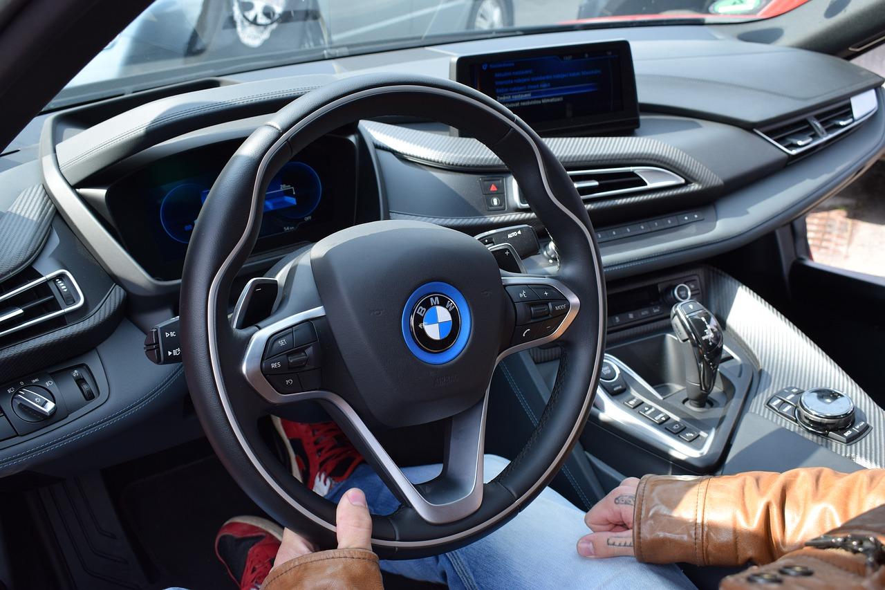 Jak sprawdzić historię OC i stan techniczny pojazdu